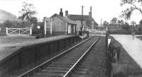 waddesdon road station, brill tramway, buckinghamshire, london transport, metropolitan railway, ferdinand de rothschild