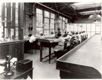 women workers, radium company, usa, radium, luminous paint, watch dials, clock dials