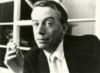 kenneth tynan, theatre critic, the observer, loamshire