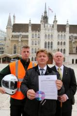 save the tea hut petition, city of london corporation, steve barron, paul morris, ralph ankers, epping forest, bikers tea hut
