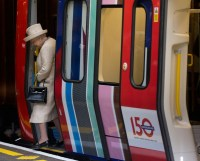 the queen, baker street station, 150th anniversary, london underground, mind the gap