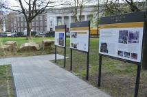 euston arch, arch reconstruction display, euston station, hs2