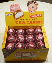 tunnocks tea cakes, tunnocks boy