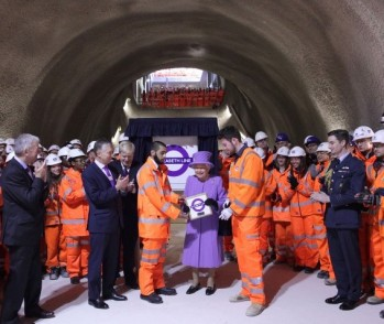 orange army, her majesty the queen, hi-vis jacket, crossrail, elizabeth line, london underground, purple plaque