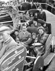 caterpillar ride, battersea amusement park, festival pleasure grounds, festival of britain